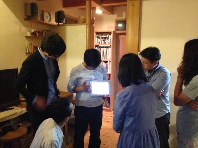 里山長屋では、大学との共同研究で電力消費量をリアルタイムにウォッチしているのだそう。